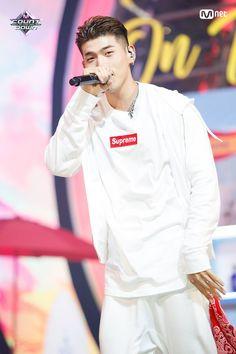 [#KARD] #BM on MCOUNTDOWN Bm Kard, Black Joker, Reason To Breathe, Hip Hop, Dancehall, All About Kpop, Dsp Media, Korean Music, Korean Idols