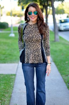 Love the top Winter Clothes, Winter Outfits, Style Consultant, Dallas Wardrobe, Leopard Fashion, Leopard Top, Fashion Jewelry, Women's Fashion, Jacket Pattern