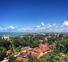 Use #letsflyawaybr e apareça no nosso feed! Repost todo domingo! Obrigada @viajenahistoria por compartilhar essa imagem! Vista do Alto da Sé em Olinda. Que paisagem! ------- Use #letsflyawaybr and show up in our feed! Repost every Sunday! Thank you @viajenahistoria for sharing this image! View from Alto da Sé in Olinda. What a landscape! ------- #repost #olinda #pernambuco #brasil #bestvacations #igtravel #instatravel #photooftheday #picoftheday #traveladdict #travelblog #travelgram #trip…