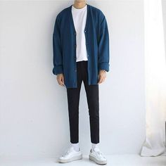 36 new ideas vintage style outfits men menswear Korean Fashion Men, Boy Fashion, Mens Fashion, Fashion Outfits, Streetwear Mode, Streetwear Fashion, Vintage Outfits, Vintage Fashion, Mode Ulzzang
