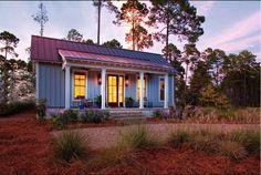 64 metros de granja convertidos en una bonita casa diminuta