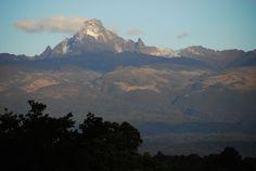 Monte Quênia tem 5.199 metros de altura