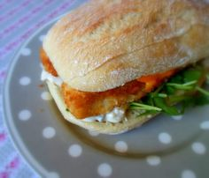 Building the World's Best Fish Finger Buttie (Sandwich)from The English Kitchen Gourmet Sandwiches, Finger Sandwiches, Sandwiches For Lunch, Delicious Sandwiches, Fish Burger, Fish Sandwich, Great British Food, English Kitchens, Gourmet Recipes