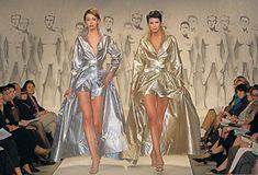Модели на показе Весна-лето 1998 французского модельера Пьера Кардена Pierre Cardin, Cover Up, Beach, Dresses, Fashion, Vestidos, Moda, The Beach, Fashion Styles