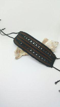 Macrame Knots, Macrame Jewelry, Macrame Bracelets, Jewelry Bracelets, Diy Bracelets Patterns, Handmade Bracelets, Macrame Bracelet Tutorial, Micro Macramé, Macrame Patterns