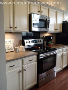 annie sloan chalk paint kitchen cabinets painted. we used a mix of old white and pure white to get this creamy color. how to: http://www.restyledrenewed.com/#!From-dark-cherry-to-creamy-white-kitchen/c23rm/56095d2d0cf2f0ed7a25375d