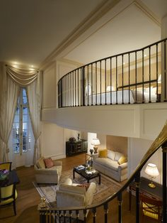 Eiffel duplex suite - Shangri-La Hotel, Paris