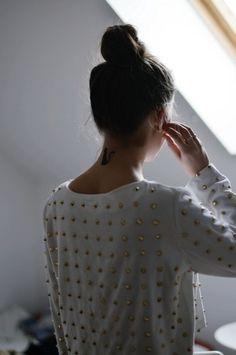 Shirt: t- white gold blouse sweat studs studded studded studded blouse studded jumper sweater cute