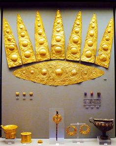 """Mycenae - rich in gold.  """"Grave of the Women"""", Grave Circle A, Mycenae (1600-1500 BC) -   National Archaeological Museum, Athens."""