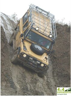 Land Rover Defender 4x4 - Reminds me of 4 x 4 training in Brighstone Forest!!
