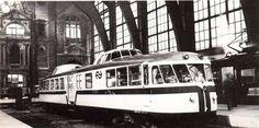 """""""Kameel"""" NS20 te Antwerpen Centraal jaren 50-60."""