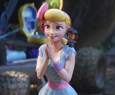 toy story 4 2019 Disney Toys, Disney Pixar, Disney Characters, Desenho Toy Story, Bo Peep Toy Story, Toy Story Movie, Animation Studios, Little Bo Peep, Cartoon Profile Pics