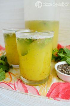 Agua de piña con chía y menta (refrescante & muy fácil)