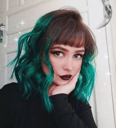 ✨Shining Sea✨ has got us spellbound with her magical Cerulean Sea ombre🌊 Vintage Hairstyles, Pretty Hairstyles, Baddie Hairstyles, Hairstyles Videos, Updo Hairstyle, Quick Hairstyles, Straight Hairstyles, Wedding Hairstyles, Aesthetic Hair