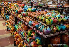 Uncover Colombia - Handicrafts in Raquira