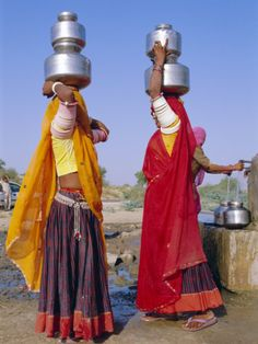 Two Women by a Well Carrying Water Pots, Barmer, Rajasthan, India Rajasthani Painting, Indian Art Gallery, India Poster, Ariana Grande Drawings, India People, Rajasthan India, Beauty Forever, People Of The World, Photos Of Women
