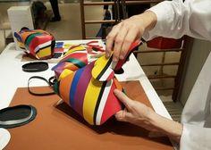 現地レポート!LOEWE(ロエベ)職人のバッグ製作デモンストレーション