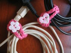 crochet solution for organizing cables