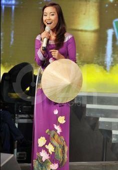 Ao Dai Viet Nam - Vietnam Traditional Long Dress Aodai - Aodai hoa sen - non la vietnam Aodai bella,http://www.amazon.com/dp/B00E9NQW1A/ref=cm_sw_r_pi_dp_RI9ptb15GQXT9TND