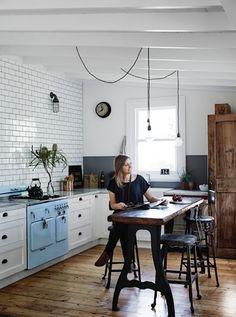 Industrial style kitchen / Vintage House Daylesford. Photo Sharyn Cairns. Interior: Kali Cavanag.