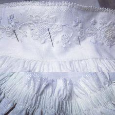 Monterer skjorte. #stripederynker #håndsøm #jåbergskjorta #attersting #stoppegrunn #austmannarenning #kjedesting #stilkesting #lin #svelvikhusflidslag #bunad #vestfoldbunad #1932modellen #husmorpoeng #densomgirsegerendritt #konfirmant2017 #embroidery #norway Sewing Tips, Sewing Hacks, Going Out Of Business, Head Pieces, Historical Costume, Aprons, Photo And Video, Shirts, Apron Designs