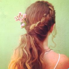 2015 Bridal Hairstyle Trends on Real Brides: Side Swept Bridal Braid