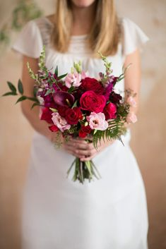 Currant bridal bouquet Flowers in this kit are: Red Roses, Antique Peach Roses, Italian Ruscus, Sweet William, Lisianthus, Snapdragon, Mini Calla Lily, Seeded Eucalyptus, Spray Rose, Fern