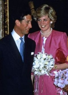 1987 04 22 Diana and Charles visit the British Embassy in Madrid