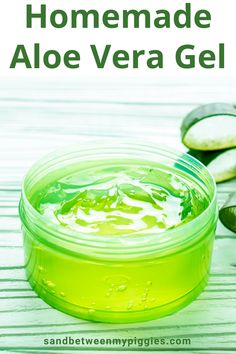 Aloe vera gel is so soothing., but I don't care for the chemicals that are in it. So, if you want a homemade aloe vera gel that is chemical free, keep reading to learn step by step instructions. How to make aloe vera gel is a snap with these tips. Sunburn On Face, Aloe Vera For Sunburn, Diy Aloe Vera Gel, Aloe Vera For Skin, Aloe Vera Skin Care, Aloe Vera Face Mask, Homemade Skin Care, Homemade Beauty, Sunburn Peeling