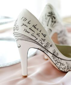 If you want to find very comfortable wedding shoes you have two top choices, one is to wear cowgirl wedding boots (as many of our readers choose). Pink Wedding Shoes, Bridal Shoes, Bridal Footwear, Wedding Blue, Wedding Summer, Wedding Fotos, 2017 Wedding, Wedding Suits, Wedding Planner
