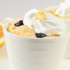 the BEST KETO LEMON MUG CAKE with blueberries. An easy almond flour microwave recipe with only 7 g net carb per serve the BEST KETO LEMON MUG CAKE with blueberries. An easy almond flour microwave recipe with only 7 g net carb per serve Low Carb Paleo, Low Carb Recipes, Cooking Recipes, Healthy Mug Recipes, Mug Cake Healthy, Vegan Keto, Cooking Tips, Lemon Mug Cake, Vanilla Cake