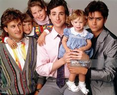 HOUSE - Season One - Gallery - 5/9/88, Pictured, from left: Dave Coulier (Joey), Jodie Sweetin (Stephanie), Candace Cameron (D.J.), Bob Saget (Danny), Ashley Olsen (Michelle), John Stamos (Jesse),