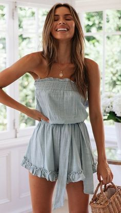 Women Light-blue Strapless Tied Waist Ruffles Hem Casual Dress - XL Source by MaryellenCamp casual Outfit Chic, Vans Outfit, Mode Outfits, Casual Outfits, Fashion Outfits, Cute Casual Dresses, Blue Dress Casual, Fashion Clothes, Fashion Ideas