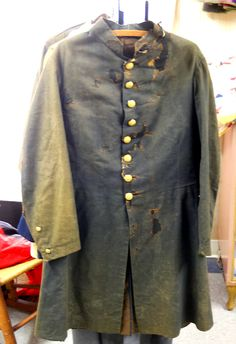 Rare KIA Union Frock Coat - Original 1862 issue infantry enlisted frock coat of Pvt. Wilfred Barker, Company G, 18th New Hampshire Infantry who died in action in an assault on Fort Stedman on April 2, 1865, before Petersburg, Virginia.