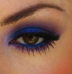 Idea trucco occhi marroni con ombretto blu - The house of blog