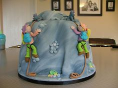 Rock climbing by Sweet Treacle, via Flickr - http://www.flickr.com/photos/tracys_cakes/4121245050/in/faves--p-f-/#