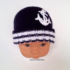 Bonnet bébé marin en laine layette tricoté blanc, bleu et son ancre marine.0/3 mois@nana-creations.