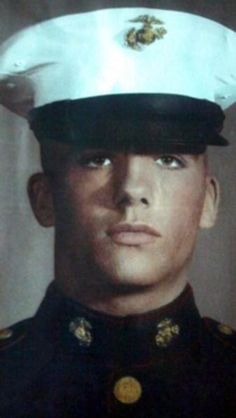 Virtual Vietnam Veterans Wall of Faces | MICHAEL D PERSONETTE | MARINE CORPS