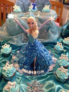 Walking Elsa doll cake