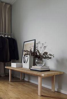 Vårt (nya) sovrum - Eric Smedlund Flat Interior, Apartment Interior, Interior Design Living Room, Interior And Exterior, Hallway Designs, Home Board, Scandinavian Home, Eclectic Decor, Home Decor Inspiration