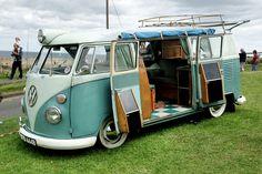 VW Camper Van :-{b>