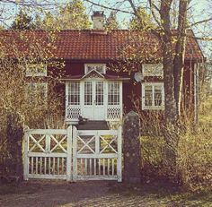 Beautiful Buildings, Beautiful Homes, Sweden House, Red Houses, Red Cottage, Cute House, Cabins And Cottages, My Dream Home, House Styles