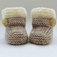 Handgestrickte Baby Booties-Schuhe 6,75 €  #booties #handgestrickte #schuhe, 2019