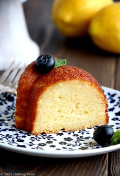 Perfect Lemon Ricotta Bundt Cake | Del's cooking twist Moist Lemon Pound Cake, Lemon Ricotta Pancakes, Crepes, Lemon Recipes, Easy Cake Recipes, Dessert Recipes, Healthy Recipes, How To Cook Meatloaf, Cake Tasting