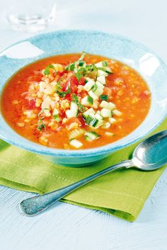 Tomaattinen linssi-kasviskeitto | K-ruoka