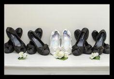 Wedding photographer Candid Photos of a Lifetime - Love the comfort factor of these shoes   Allview Escape, Blackheath www.candidphotosofalifetime.com.au