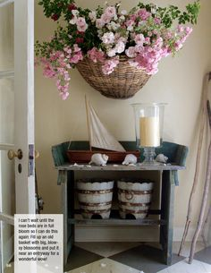 Our fabulous new magazine is filled with 200+ pages of beautiful, original photography and smart decorating, gardening, and entertaining tips.