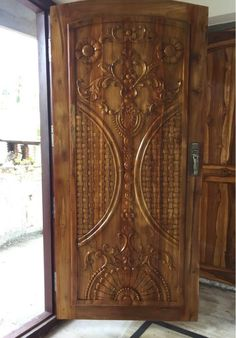 Main Entrance Door Design, Wooden Main Door Design, Room Door Design, Wood Design, Entrance Doors, Window Design, Custom Exterior Doors, Custom Wood Doors, Old Wooden Doors