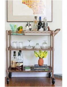 Utility Cart You are going to buy this? Utility Cart An incredible bar cart DIY! This beauty started life as a bright chrome utility cart from Sam's Diy Bar Cart, Gold Bar Cart, Bar Cart Styling, Bar Cart Decor, Bar Carts, Metal Bar Cart, Bar Trolley, Styling Tips, Diy Hanging Shelves