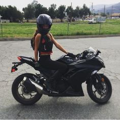 Real Biker Women ridingsexy